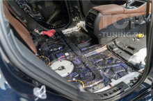 Шумоизоляция нового БМВ Х6 - двери, пол.