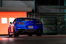 Новый автомобиль может быть любым, но мы предполагаем, что мы увидим еще одно специальное издание, перед тем как в следующем году дебютирует совершенно новая модель. Поскольку это будет последний вариант R35, мы ожидаем, что он будет предлагаться в о