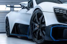 Хотя бренд намерен оставаться мелкосерийным эксклюзивным автопроизводителем, его крупнейшими рынками в настоящее время являются Великобритания и Европа, и проникновение в США и Ближний Восток резко улучшит положение компании. Это особенно важно, поск