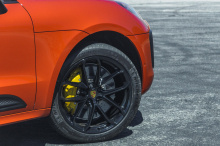 Porsche Macan пользуется большой популярностью у любителей бренда. В прошлом году Macan почти вытеснил Cayenne как самую продаваемую модель бренда. Несмотря на это, похоже, что жизнь внедорожника, каким мы его знаем, может оказаться одной из самых ко