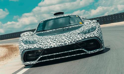 Гиперкар Mercedes-AMG One имеет мощность 1200 лошадиных сил