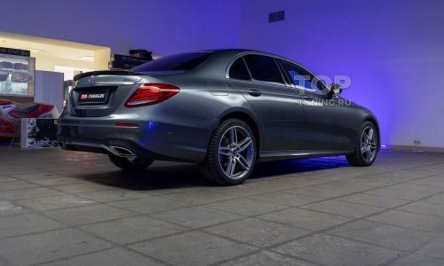 Установка электронного выхлопа THOR в Mercedes-Benz E w213